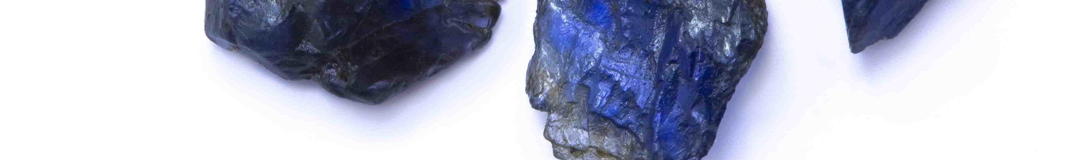 rough sapphire closeup