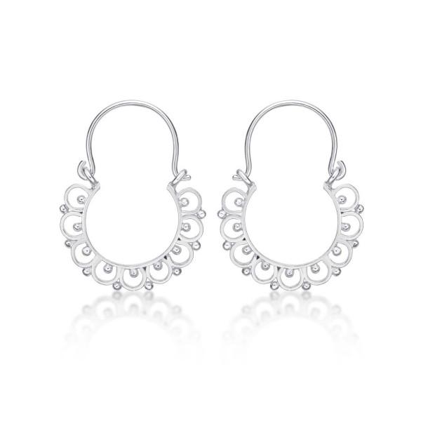 Vintage 925 Sterling Silver Hoop Earrings.